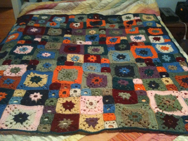 My afghan for Rachel is done! And it looks lovely, I think.